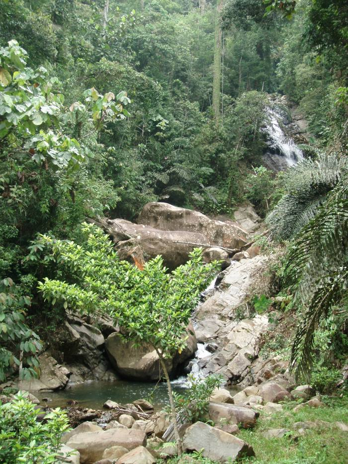 water fall in Sapulut