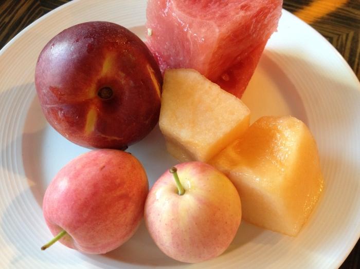 nectarine, water melon, Hami melon, crab apples 水蜜桃, 西瓜, 哈蜜瓜, 海棠果