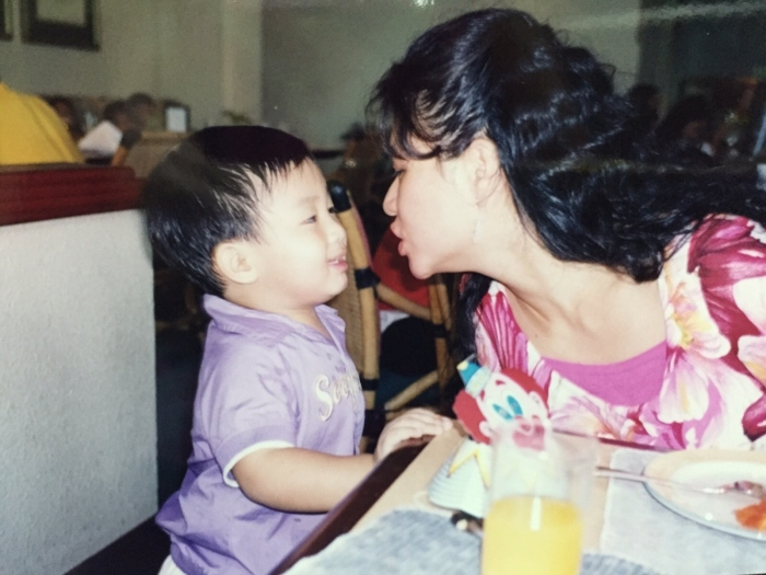 just to show how time flies --- Brandon with auntie Evon! May forwarded me this picture a few weeks ago and both of us couldn't even recall when and where it was taken...