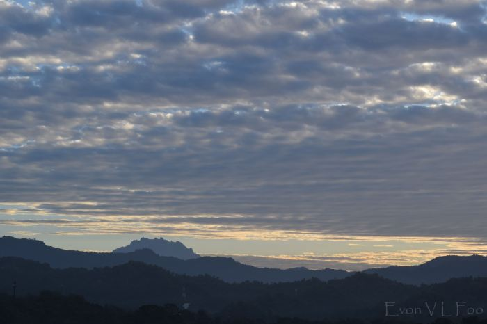 mt kinabalu in morning 652am
